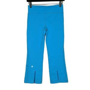 Lululemon Gather and Grow Crop Spry Blue Size 4